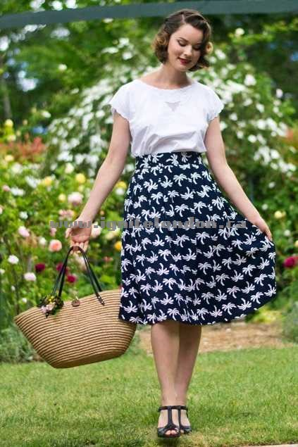 Womens Elise Roxy Tiki Skirt NavyPrint - Prints, Floral Wholesale Trade